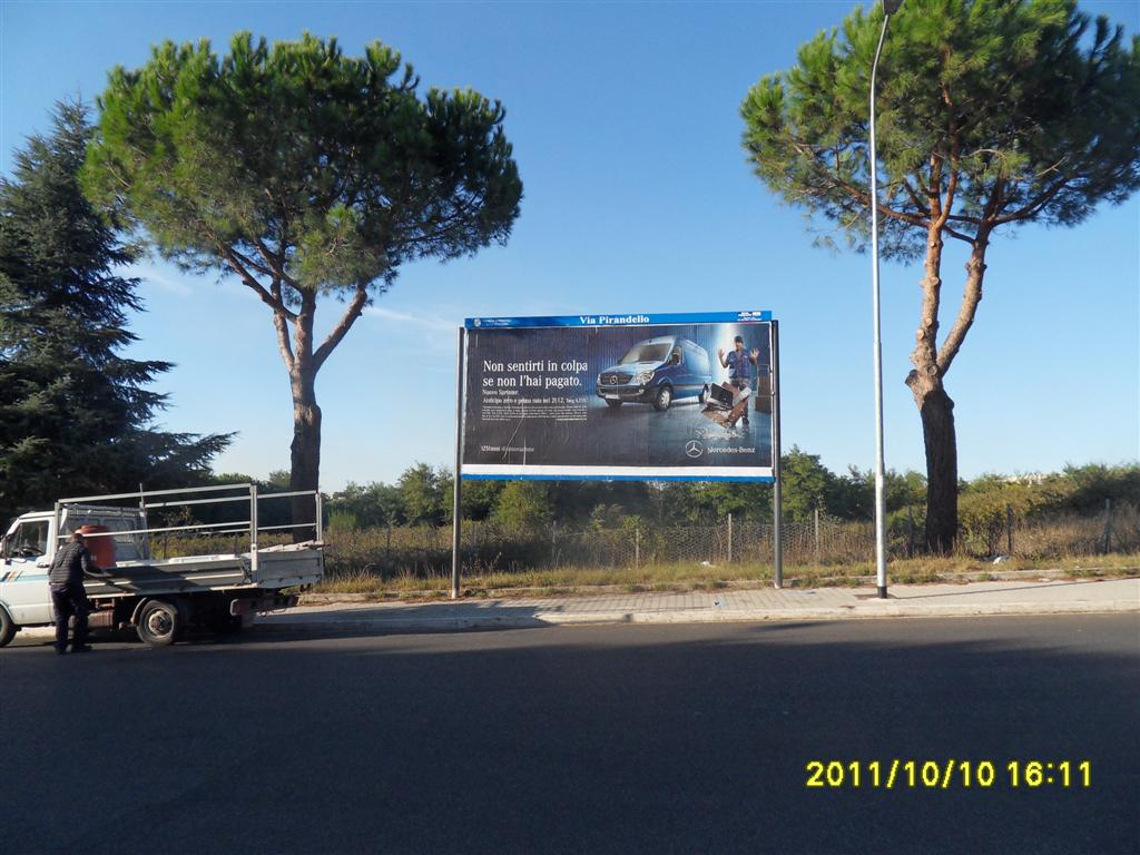 http://www.postermap.it/wp-content/uploads/2015/07/pozzuoli-monteruscello-via-pirandello-Medium.jpg