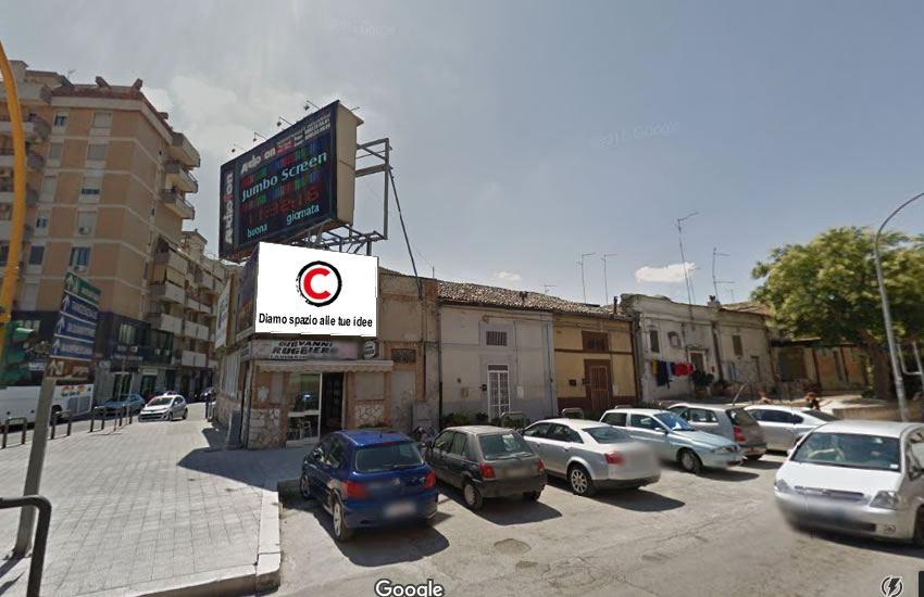 http://www.postermap.it/wp-content/uploads/2016/07/impianto-affissioni-4x3-Foggia-via-San-Lazzaro-IUNET-pubblicita-esterna.jpg